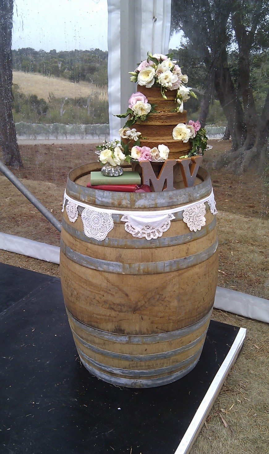 The Wedding Cake Stand
